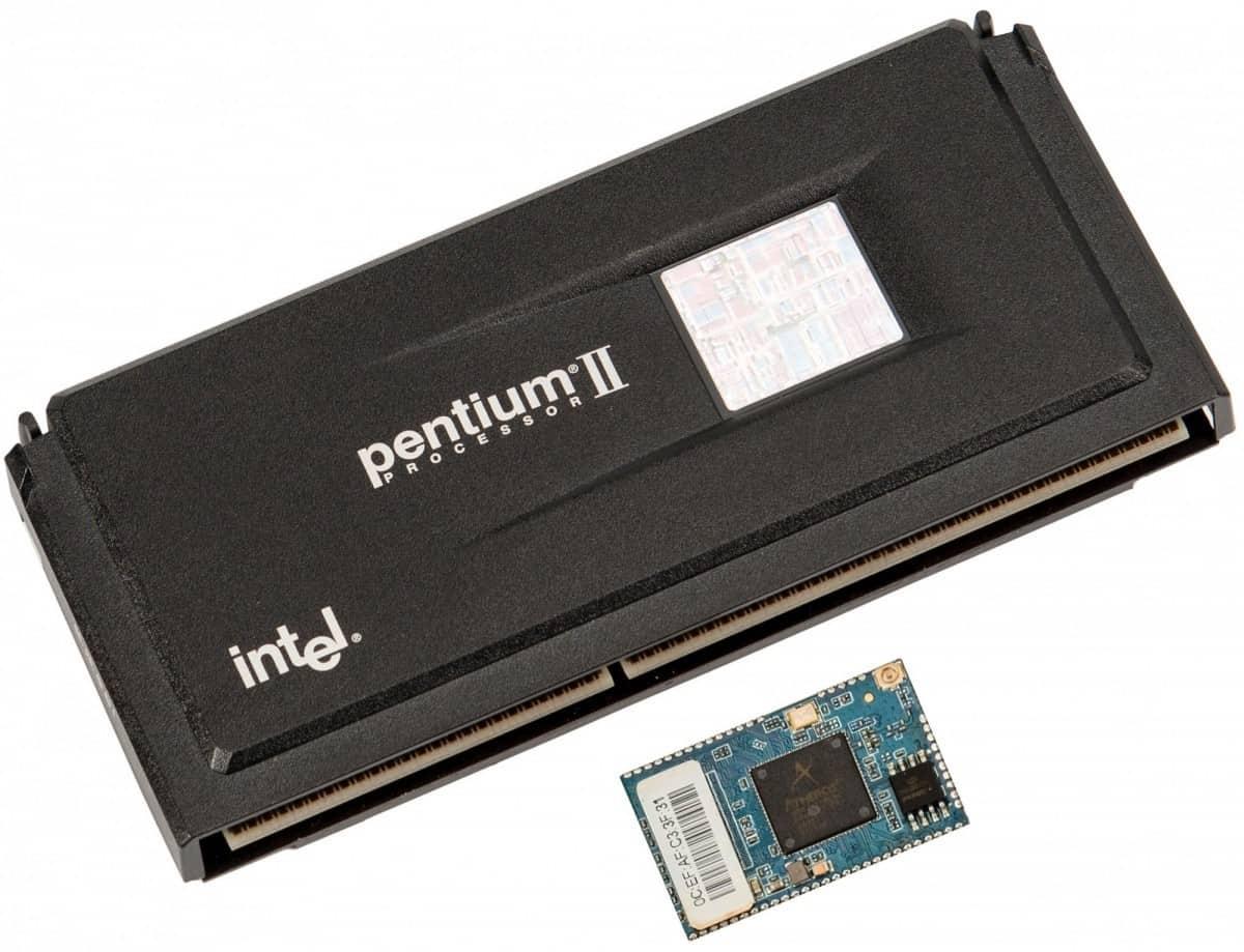 Pentium Processor and A Full Microcomputer